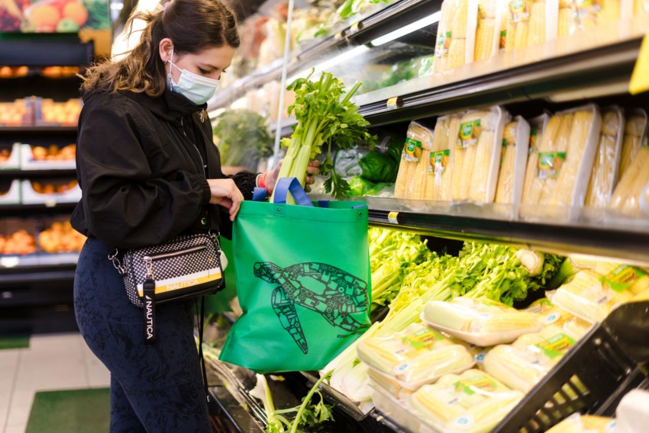 Proyecto Gigatón: Walmart da pasos firmes para ser una empresa regenerativa y eliminar las bolsas plásticas