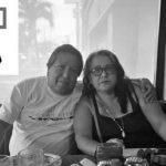 Vecinos de Mazatenango están conmocionados por la muerte de los esposos Rivera Benítez a causa del COVID-19. Luego de ser diagnosticados positivos por el virus, los trasladaron al Hospital Temporal en Quetzaltenango, donde el fin de semana perdieron la batalla.