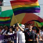 La mayoría de los matrimonios LGBT (83 %) se concretan después de al menos 3 años de relación; y uno de cada 6 matrimonios de personas del mismo sexo se celebra en México en algún lugar distinto al de la residencia habitual de la pareja, según un estudio difundido este viernes.