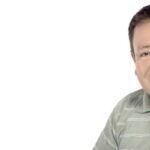 """El fallecimiento este viernes del comediante mexicano Sammy Pérez, de 55 años y famoso por sus apariciones junto a Eugenio Derbez en el programa """"XHDRBZ"""" (2002), generó las reacciones de miles de usuarios de internet que lamentaron su partida."""