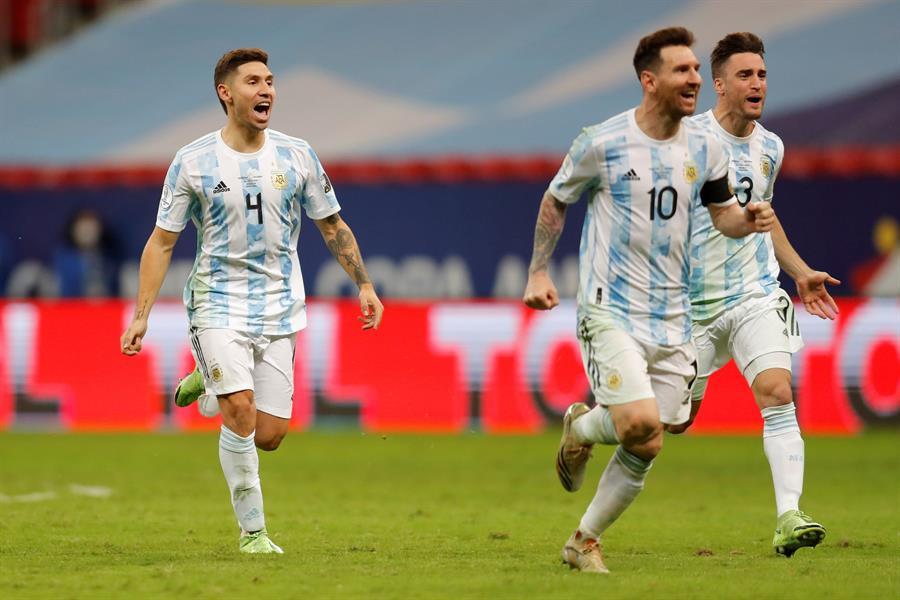 La selección Argentina volverá a disputar la Copa América ante Brasil 14 años después; esto desde la final que perdió el 15 de julio de 2007 en el Estadio José Encarnación Romero de Maracaibo, Venezuela.