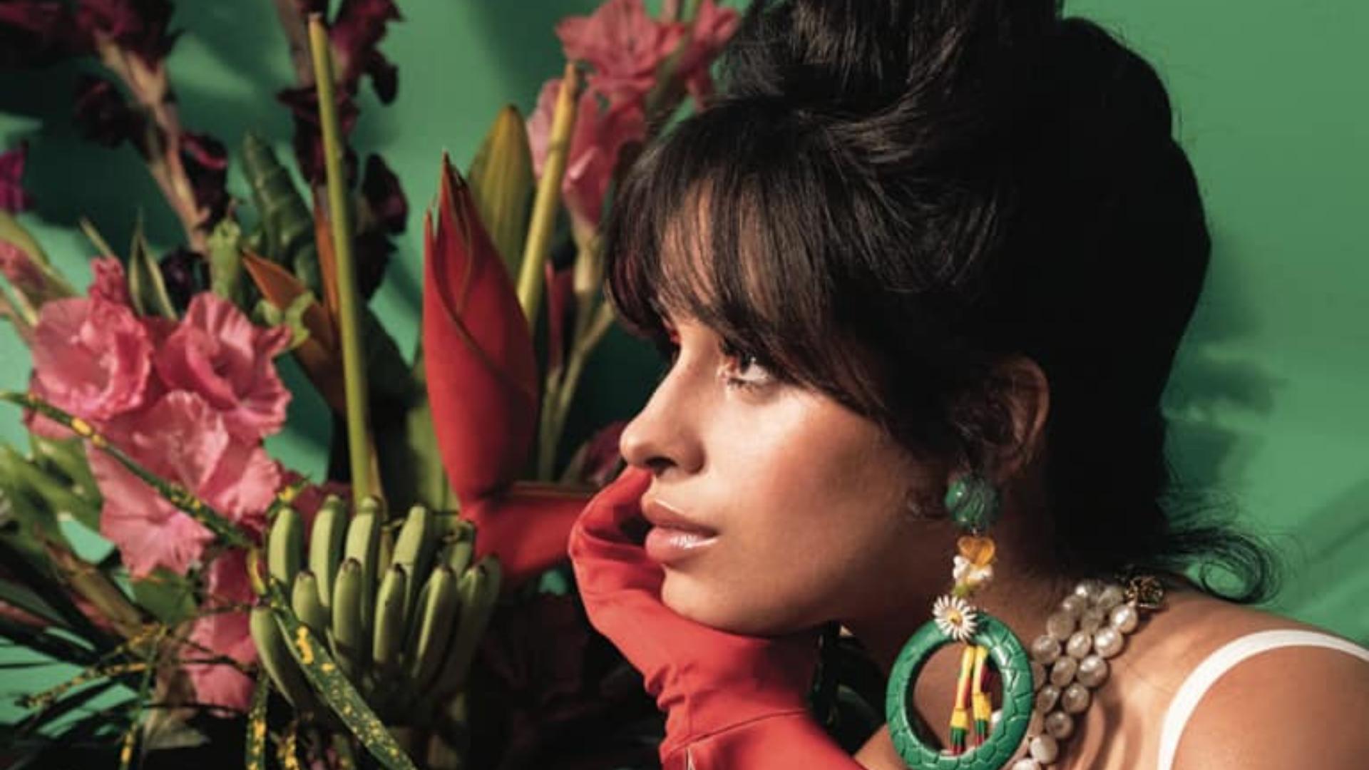 """Camila Cabello, la tres veces nominada a los premios Grammy, lanza su nuevo single """"Don't Go Yet"""". Esta canción fue escrita por Camila, Scott Harris, Ricky Reed y Mike Sabath. Y de igual forma, fue producida por Mike Sabath y Ricky Reed e incluye percusión en vivo por el aclamado baterista cubano, Pedrito Martínez."""