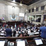 Diputados aprueban ley de exención y compensación para uso de vacunas contra el COVID-19