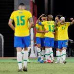 La selección de Brasil arrancó su camino para revalidar el oro que conquistó en los Juegos de Río con una clara y convincente victoria por 4-2 sobre Alemania; en un encuentro en el que el atacante Richarlison presentó su candidatura al título de gran estrella del torneo olímpico con un triplete.