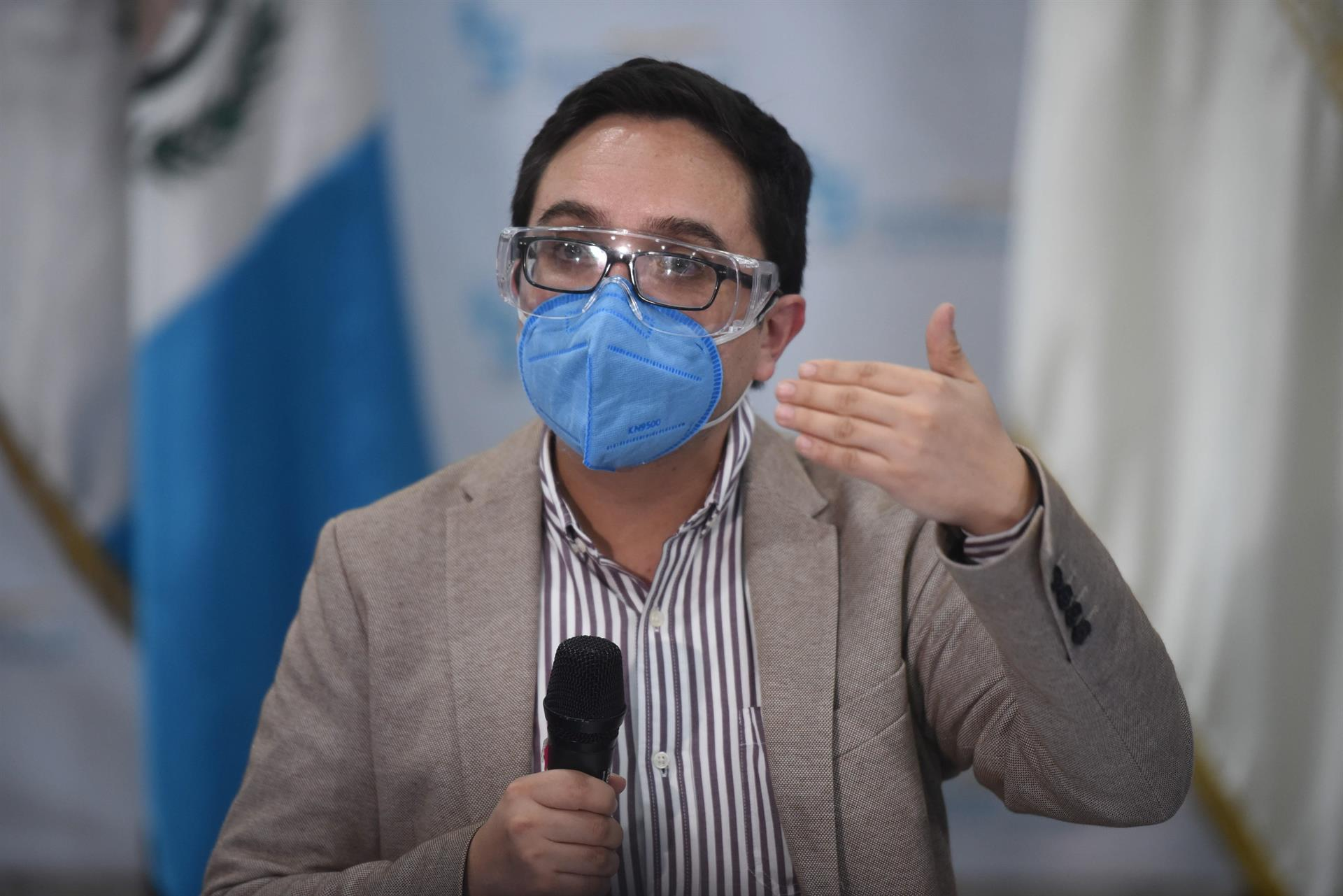 Fotografía tomada el pasado 23 de julio en la que se registró al fiscal anticorrupción guatelmalteco Juan Francisco Sandoval, quien fue destituido y exiliado. EFE/Edwin Bercián