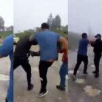 Cuatro sujetos empujaron, patearon, golpearon y amenazaron a dos agentes de la Policía Nacional Civil -PNC-; el incidente ocurrió en un camino de terracería que se ubica en San Mateo Ixtatán, a 120 kilómetros de la cabecera de Huehuetenango.