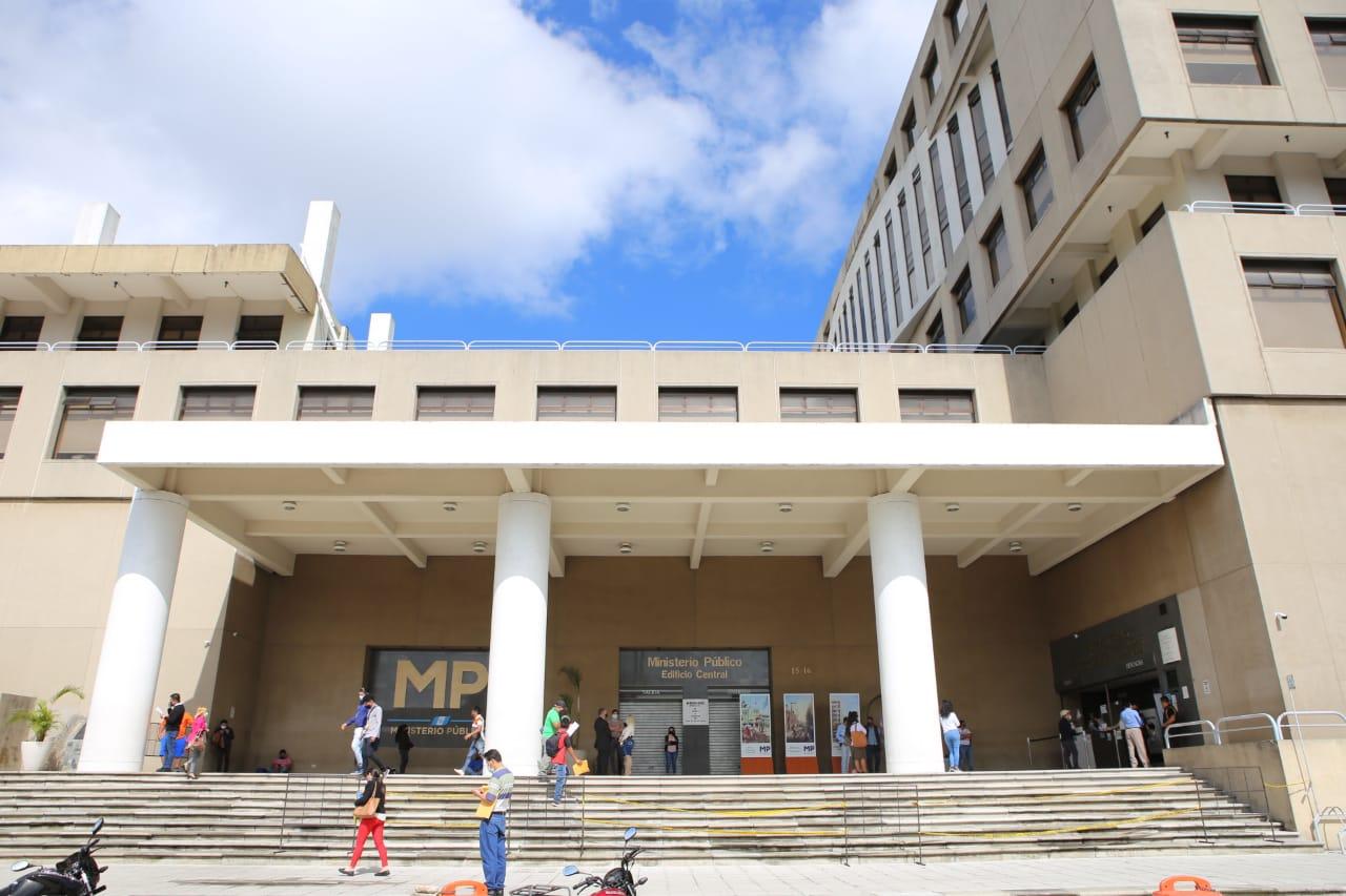 Las autoridades capturaron este viernes a 8 personas vinculadas a un caso de corrupción en la municipalidad de Chicamán, Quiché.