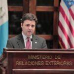 Ricardo Zúñiga, enviado especial de EE. UU., para el Triángulo Norte, se refirió a las protestas que han existido en Guatemala en las últimas horas; dijo que estas expresan los deseos de los ciudadanos por hacer frente a la corrupción.