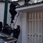 Autoridades de la PNC capturaron este martes en ocho allanamientos a tres personas con fines de extradición a los Estado Unidos.