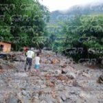 Un deslave ocurrido en la aldea Sepay en San Miguel Tucurú, Alta Verapaz, dejó como saldo un adolescente muerto la noche del lunes.