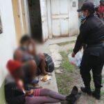 La Policía Nacional Civil (PNC) localizó a 75 inmigrantes indocumentados cubanos y haitianos abandonados en Zacapa; al grupo de personas se les trasladó a una sede del Instituto Guatemalteco de Migración.