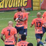 Municipal derrotó 1-0 a los cebolleros de Achuapa en un partido pendiente de la jornada 8 del Apertura 2021. Con este resultados los escarlatas ascendieron al cuarto lugar con 19 puntos, mismos que tiene Comunicaciones, pero con mejor diferencia de goles para los cremas; los de Achuapa son penúltimos con 7 puntos.