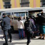 Agentes de la Policía Nacional Civil –PNC- intensificaron los operativos dentro de la ciudad de Quetzaltenango. Además en carreteras como parte del plan preventivo de seguridad que busca dar con delincuentes; y con ello reducir hechos delictivos que se pudieran dar en algunos puntos de este departamento.