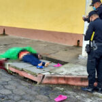 Un niño sobrevivió a un ataque armado directo contra un hombre y una mujer, quienes murieron en la zona 3, de Quetzaltenango. Las víctimas del incidente armado siguen sin ser identificadas.