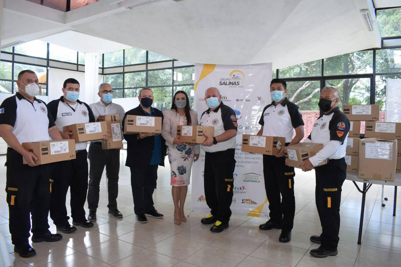 Entregan equipos de apoyo respiratorio a Bomberos Voluntarios