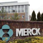 Merck anuncia que su pastilla de COVID-19 reduce el riesgo de muerte en un 50 %