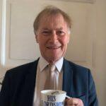 El diputado conservador David Amess, que fue apuñalado este viernes mientras atendía a los ciudadanos de su circunscripción, ha muerto, informó la Policía.
