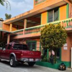 Las autoridades desarticularon una estructura criminal dedicada al tráfico ilícito de migrantes. Se logró la captura de tres personas en los 10 allanamientos en La Democracia, Huehuetenango.