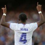 """David Alaba, central austríaco del Real Madrid, dijo tras estrenarse en un clásico ante el Barcelona, en el Camp Nou, y marcar su primer gol como madridista, que se siente """"muy afortunado y agradecido""""."""